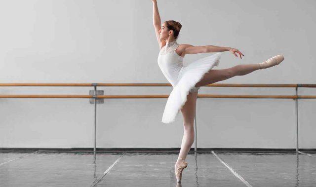 https://vasillevski1928.com/wp-content/uploads/2019/05/inner_event_dance_03-640x379.jpg